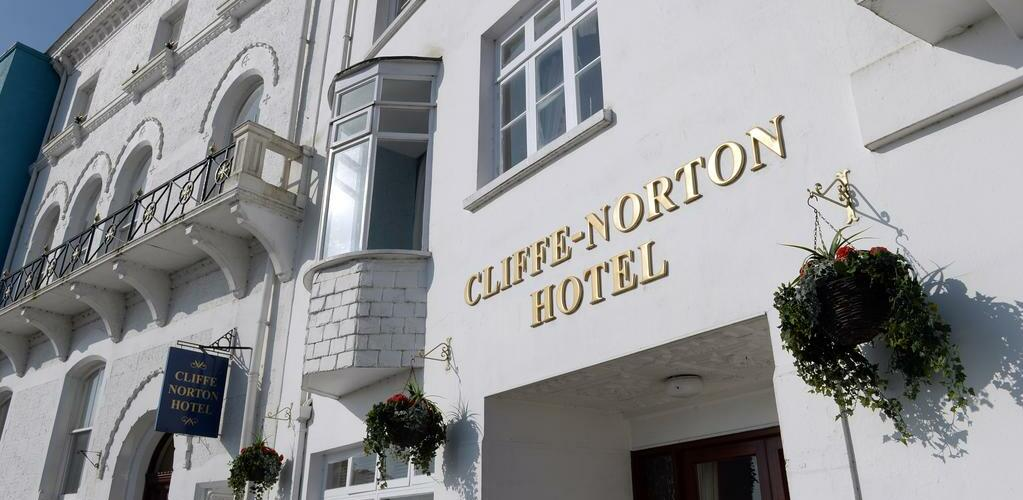 Cliffe Norton Hotel - Featured