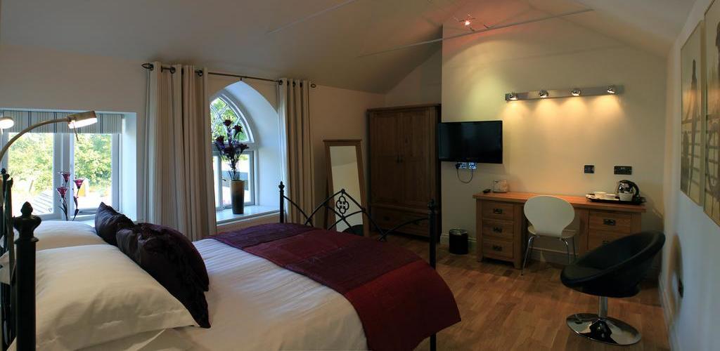 Tudor Lodge - Featured