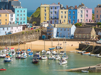 Tenby Harbour Beach – Featured